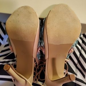 Vigo Fiore Shoes - Diamond studded and flower heels